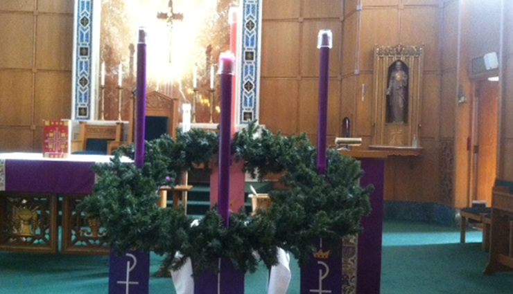 Advent Wreath in St. Thomas Church