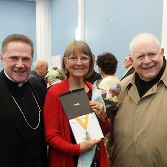 Parishioner Receives St. Agnes Service Award